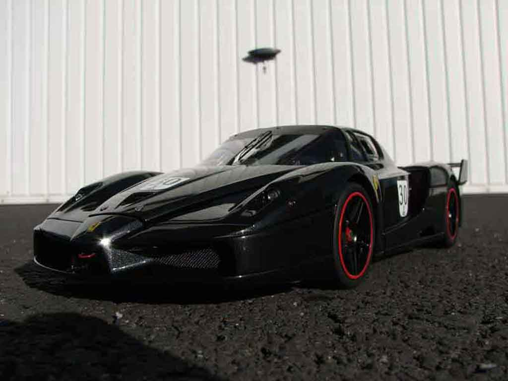 Ferrari Enzo FXX 1/18 Hot Wheels Elite # 30 michael schumacher modellino in miniatura