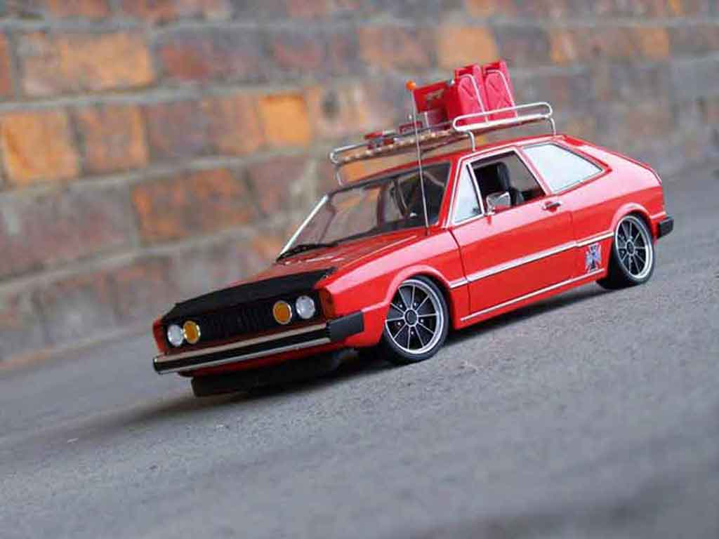 Volkswagen Scirocco GTI 1/18 Revell restocal miniature
