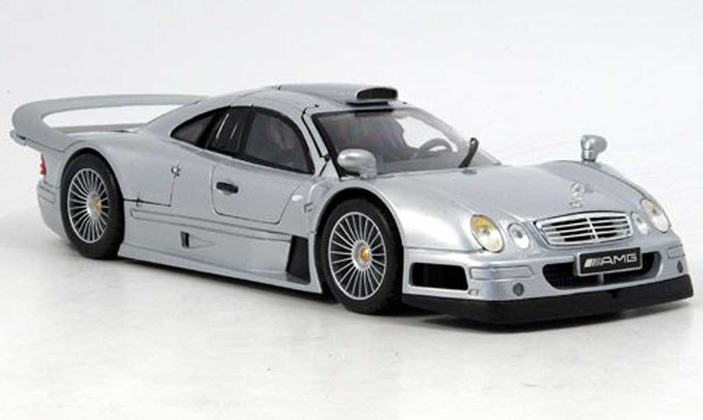 Mercedes Classe CLK GTR 1/18 Maisto street version grise miniature