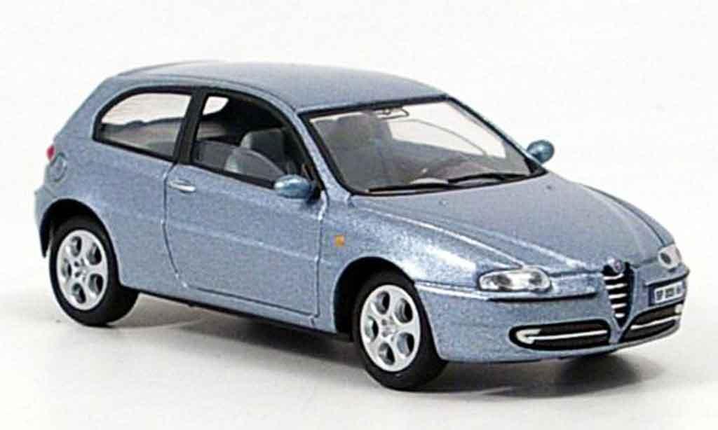 Alfa Romeo 147 1/43 Solido bleu 2000 diecast