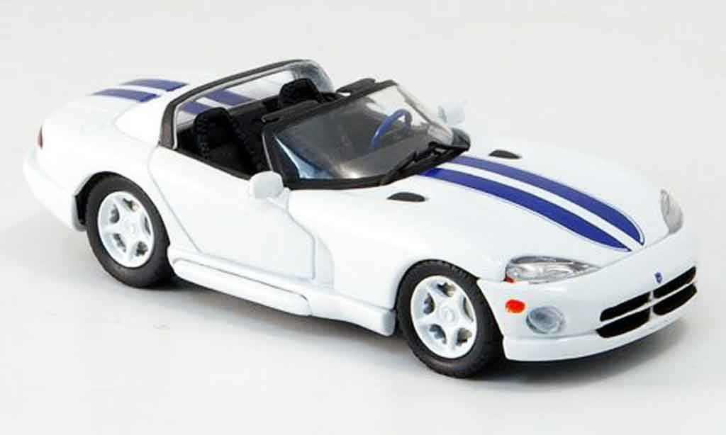 Dodge Viper RT 10 1/43 Eagle white avec bluen Streifen 1996 diecast