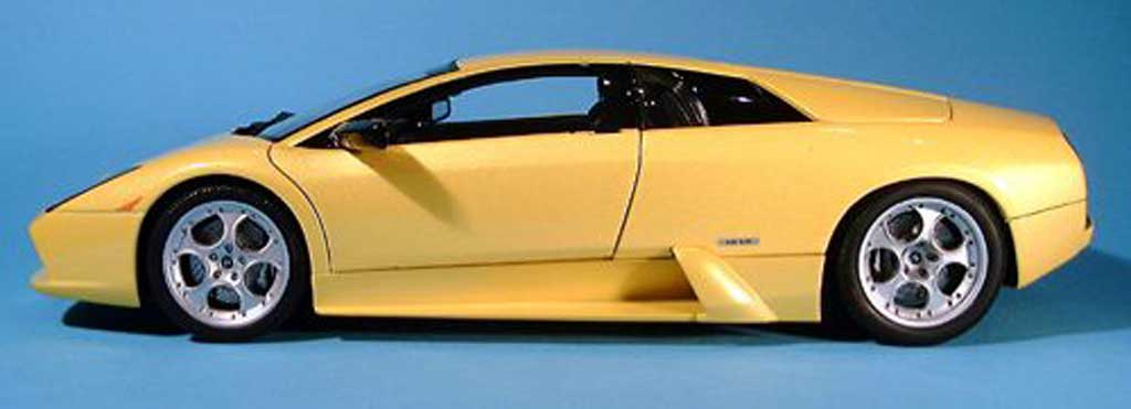 Lamborghini Murcielago 1/18 Autoart giallo 2001 miniatura