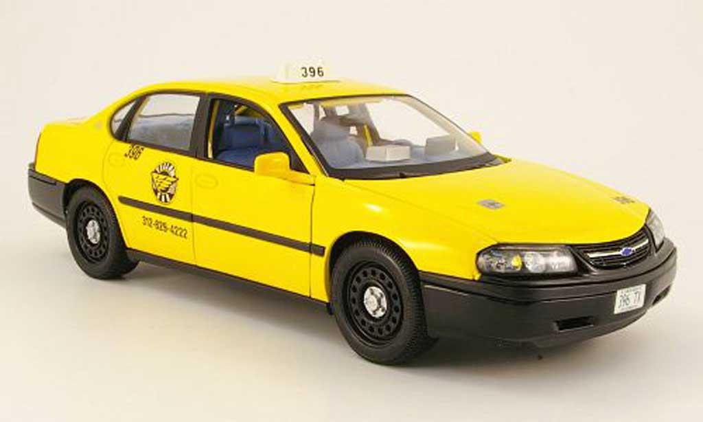 Chevrolet Impala Taxi 1/18 Maisto jaune americain