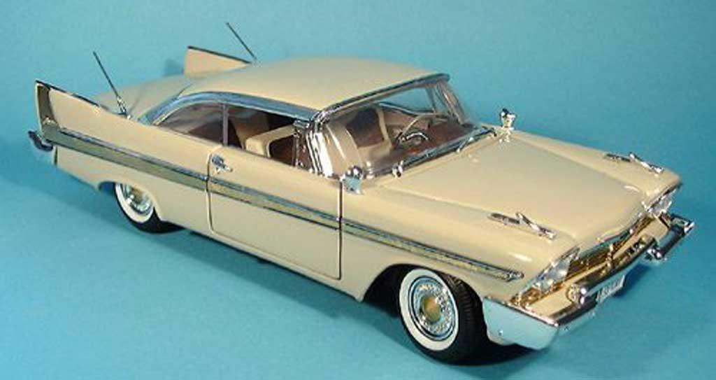 Plymouth Fury 1/18 Motormax beige 1958 miniature