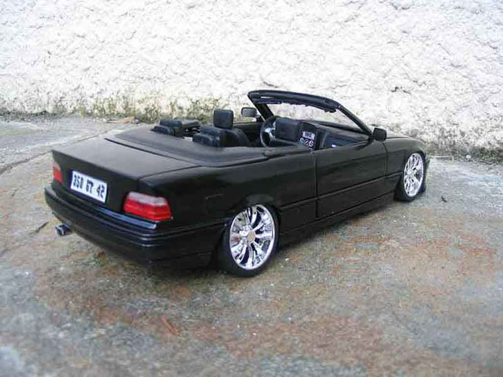 Bmw 325 E36 1/18 Maisto cabriolet black jantes chromees diecast model cars