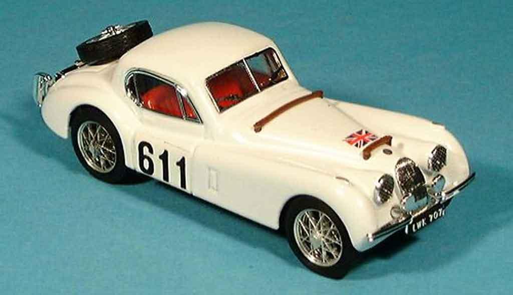 Jaguar XK 120 1/43 Brumm coupe alpenrallye 1953 miniature