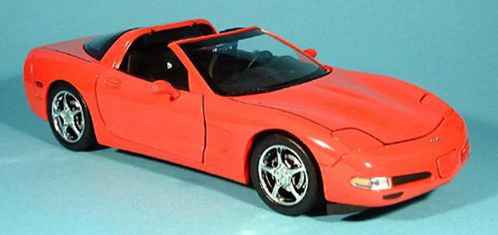 Chevrolet Corvette C5 1/18 Ertl coupe red 2003 diecast