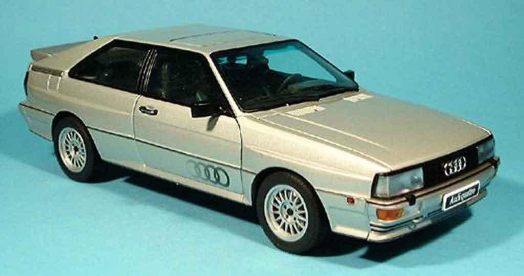 Audi Quattro 1/18 Autoart grise beige 1988 miniature