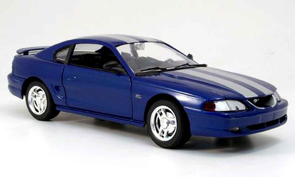 Ford Mustang 1994 1/18 Eagle coupe bleu avec bandes grays diecast