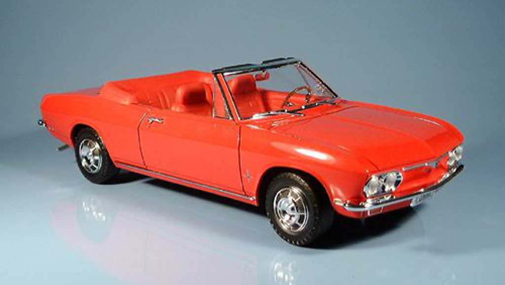 Chevrolet Corvair 1/18 Yat Ming monza red 1969 diecast