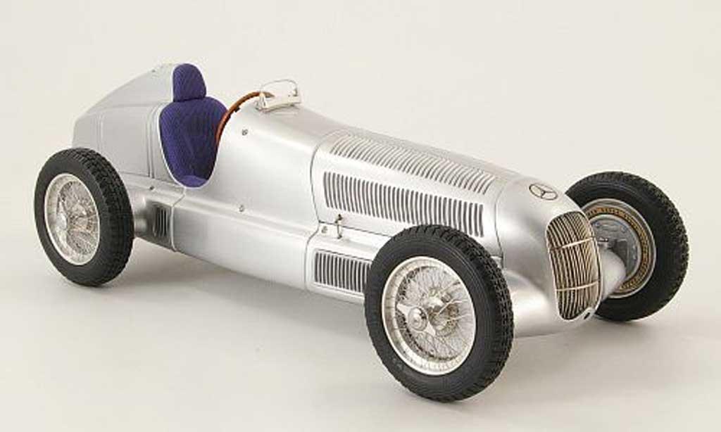 Mercedes W 25 1/18 CMC Ur-grispfeil des Manfred von Brauchitsch 1934 miniatura