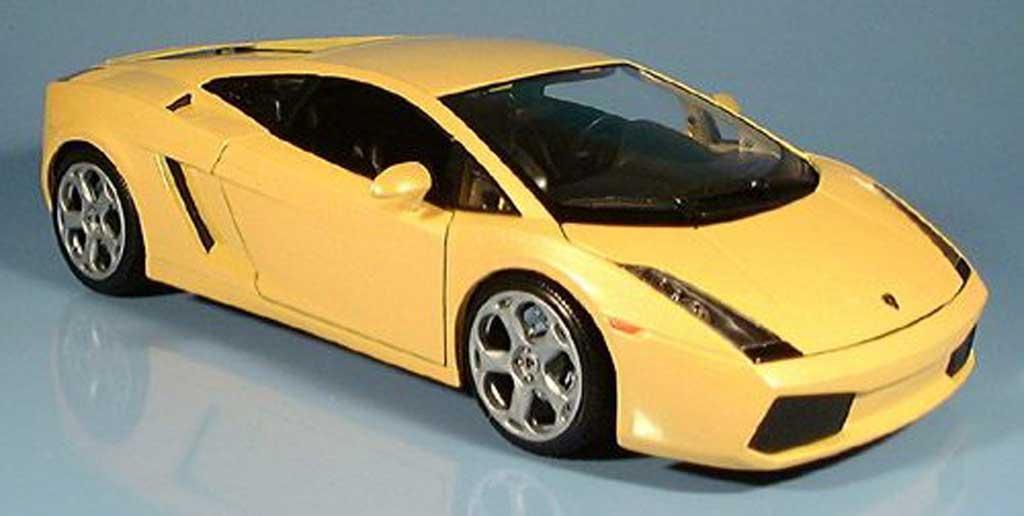 Lamborghini Gallardo 1/18 Maisto yellow 2003 diecast