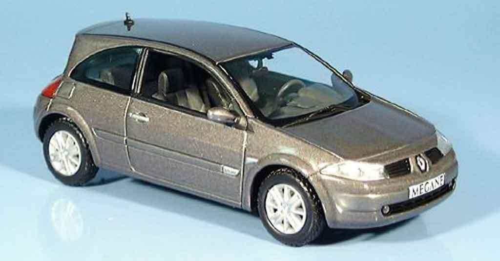 Renault Megane 1/43 Norev grise 2003 miniature
