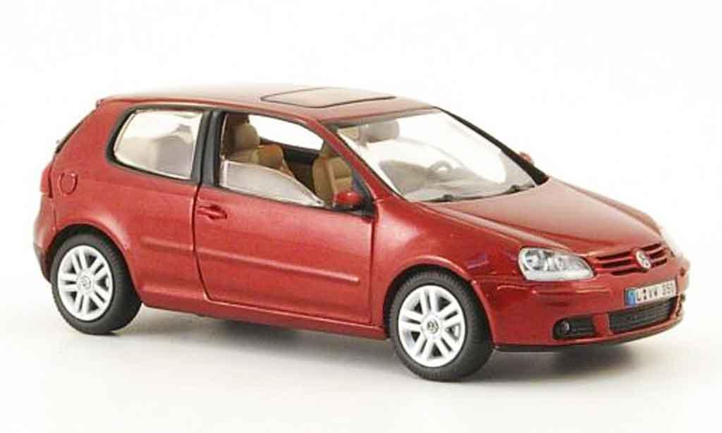 Volkswagen Golf V 1/43 Schuco rosso 3 portes 2003 miniatura