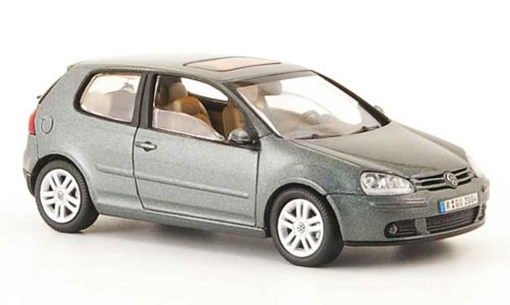 Volkswagen Golf V 1/43 Schuco grey grun 3 portes 2003 diecast model cars