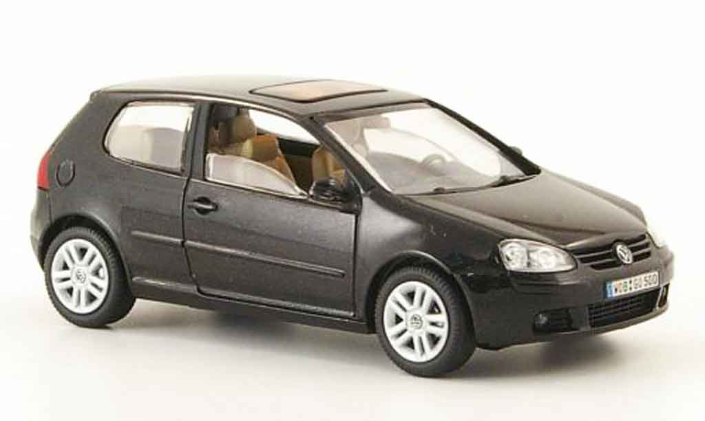 Volkswagen Golf V 1/43 Schuco black 3 portes 2003 diecast model cars