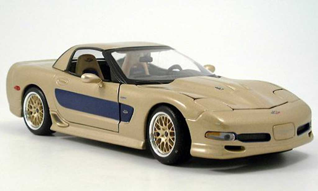 Chevrolet Corvette 1/18 Maisto guldstrand gold diecast model cars
