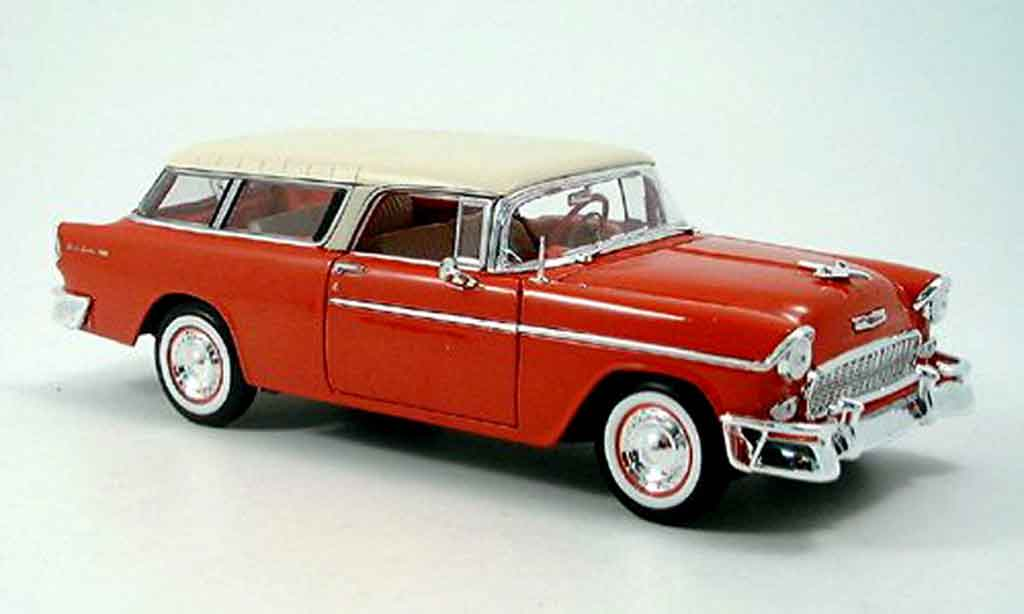 Chevrolet Nomad 1/18 Maisto rouge blanche 1955 miniature