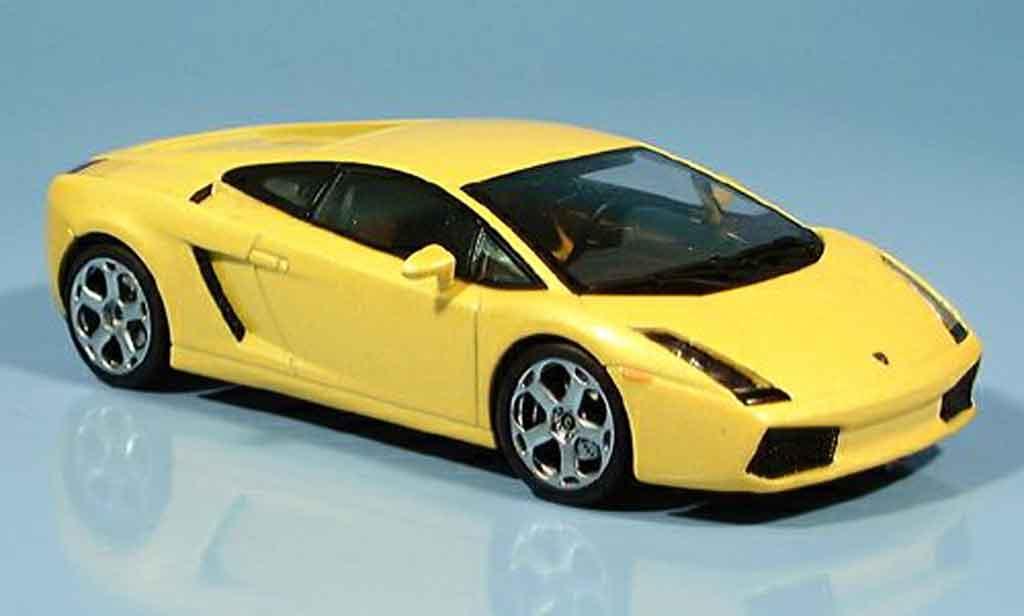 Lamborghini Gallardo 1/43 Autoart jaune 2003 miniature