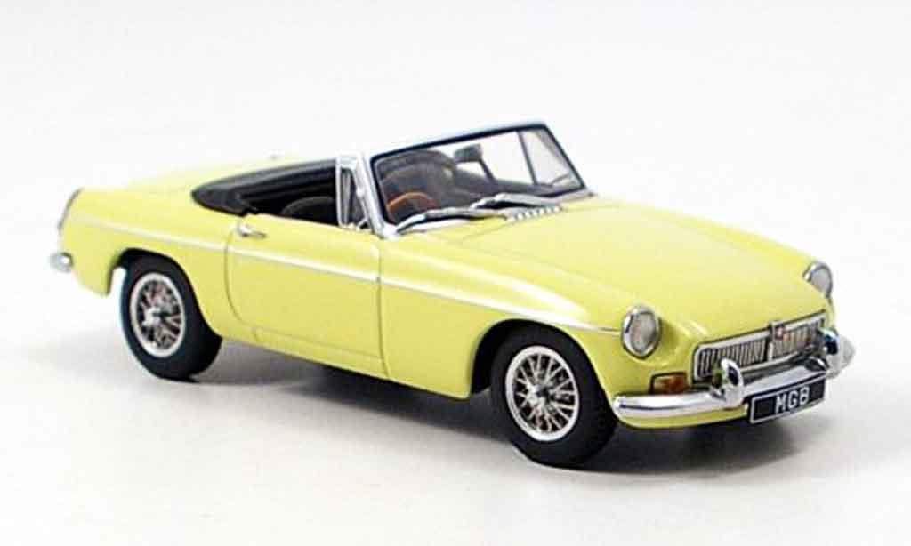 MG B 1/43 Autoart Roadster MK II jaune miniature