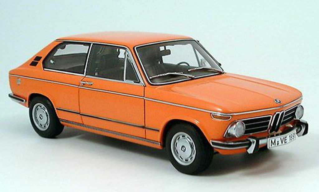 Bmw 2000 Touring 1/18 Autoart tii orange 1973 diecast model cars