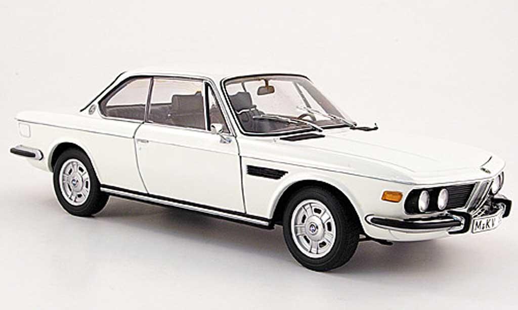 Bmw 3.0 CSi 1/18 Autoart e9 coupe blanche 1971 miniature