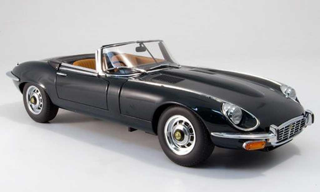 Jaguar E-Type 1971 1/18 Autoart 1971 grun fonce miniature