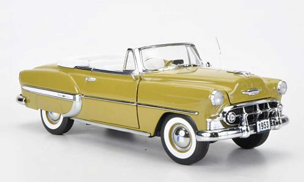 Chevrolet Bel Air 1953 1/18 Sun Star Cabriolet oliv miniature