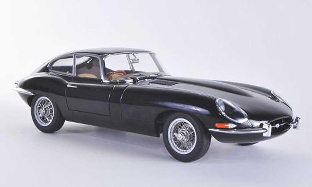 Jaguar E-Type 1/18 Autoart Series 1 Coupe black RHD diecast model cars