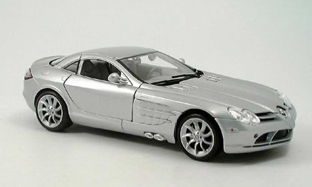 Mercedes SLR 1/18 Maisto mclaren grise clair metallized 2003 miniature
