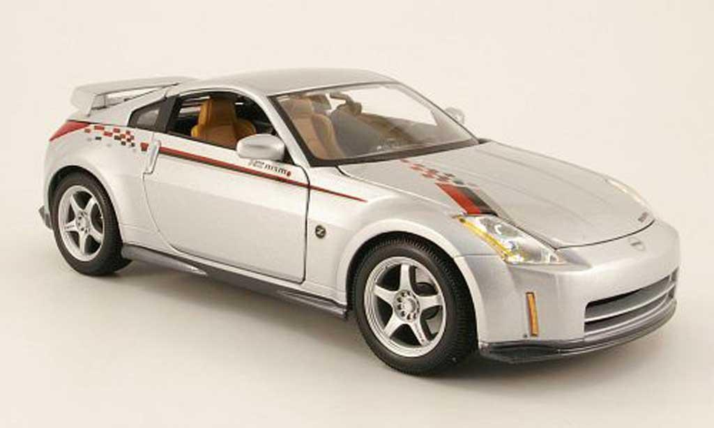 Nissan 350Z 1/18 Maisto nismo s-tune grise clair metallized miniature