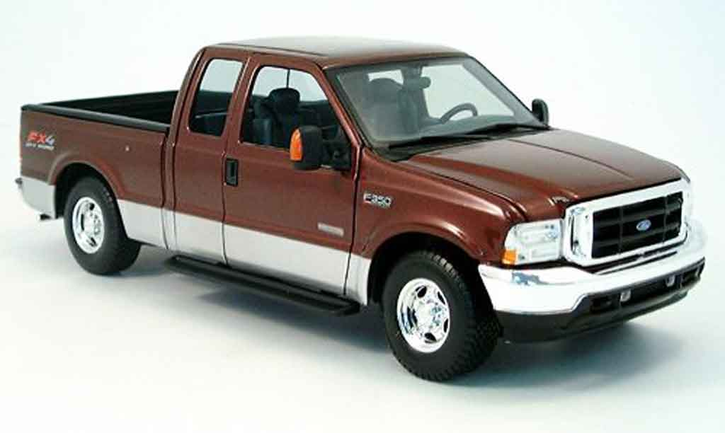 Ford F-350 1/18 Maisto rouge/grise 2004 miniature