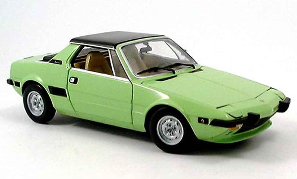 Fiat X 1/9 1/18 Minichamps verte 1974 miniature