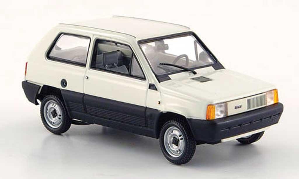 Fiat Panda 1/43 Minichamps blanche 1980 miniature