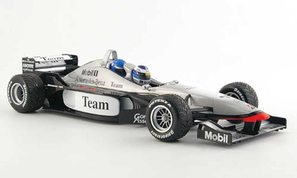 Mercedes F1 1/18 Minichamps mclaren mp4 98t doppelsitzer lapland 17. april 2000 miniature