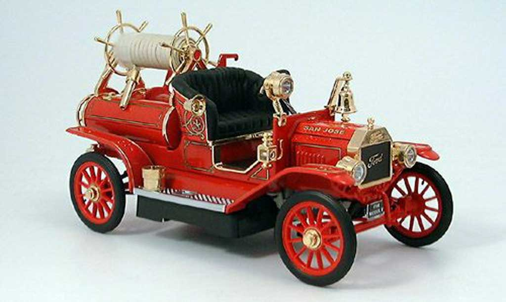 Ford Model T 1/18 Yat Ming vehicule de pompier (us) 1914 miniature