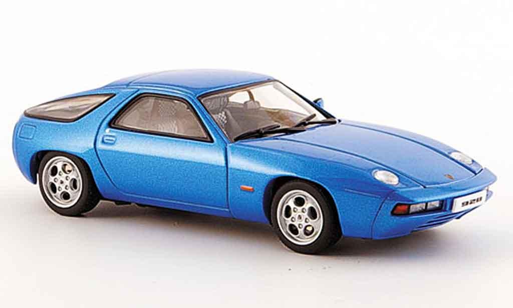 Porsche 928 1977 1/43 Autoart bleu zu offnende Motorhaube diecast
