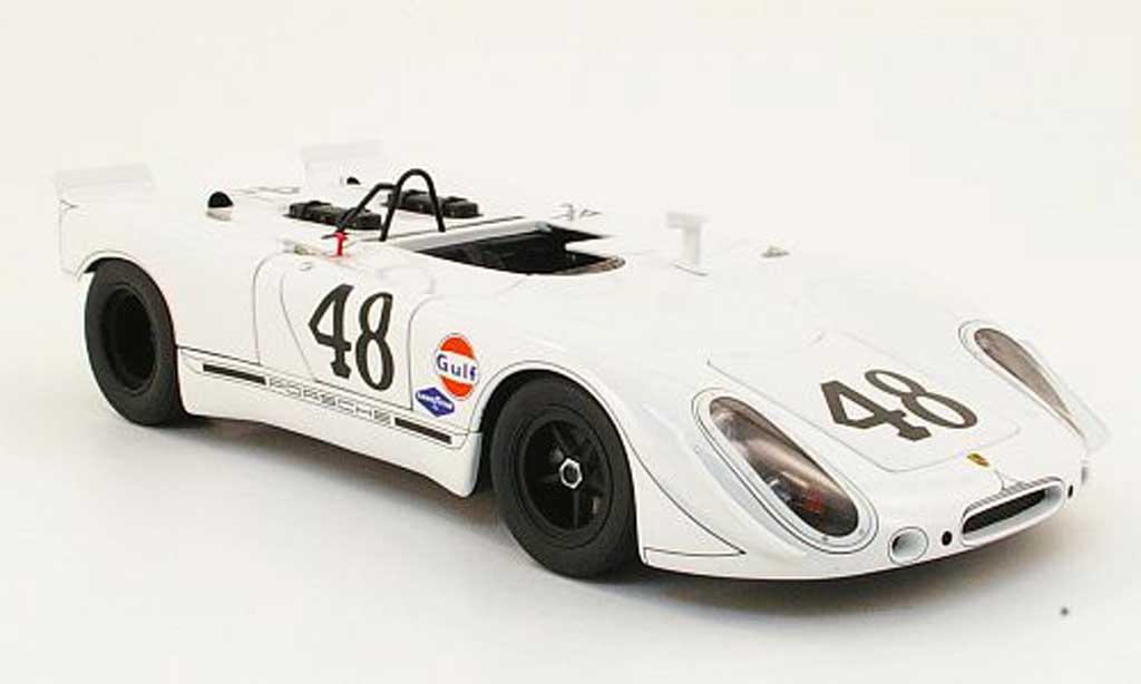 Porsche 908 1970 1/18 Autoart 2 no.48 s.mcque/p.revson sebring diecast model cars