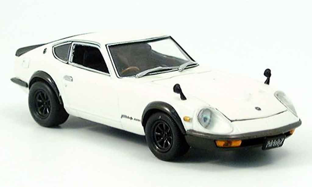 Nissan 240 ZG 1/43 Kyosho Fairlady blanche miniature