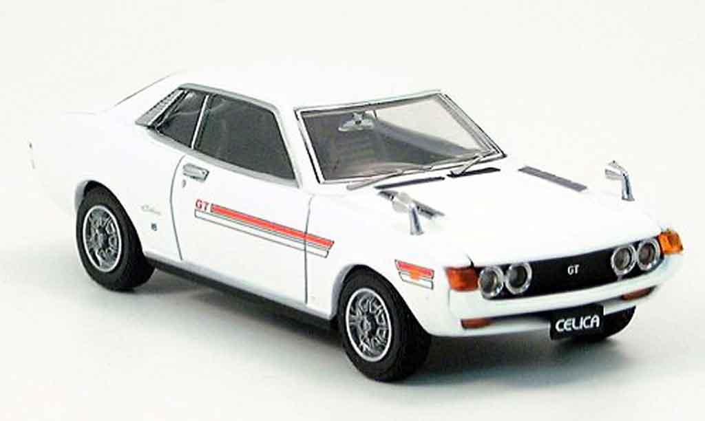 Toyota Celica 1/43 Ebbro 1600 gt bianca miniatura