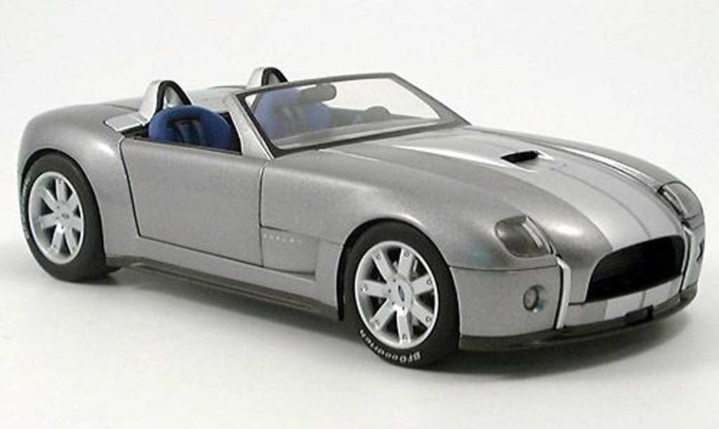 Shelby Cobra Concept 1/18 Autoart 2004 miniature