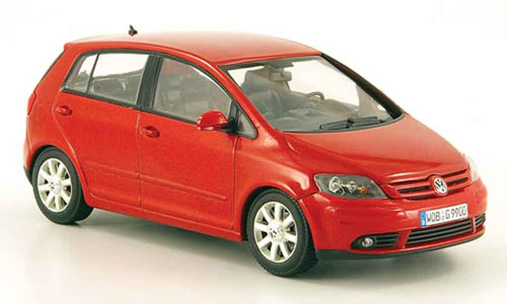 Volkswagen Golf V 1/43 Minichamps plus rouge 2005 miniature