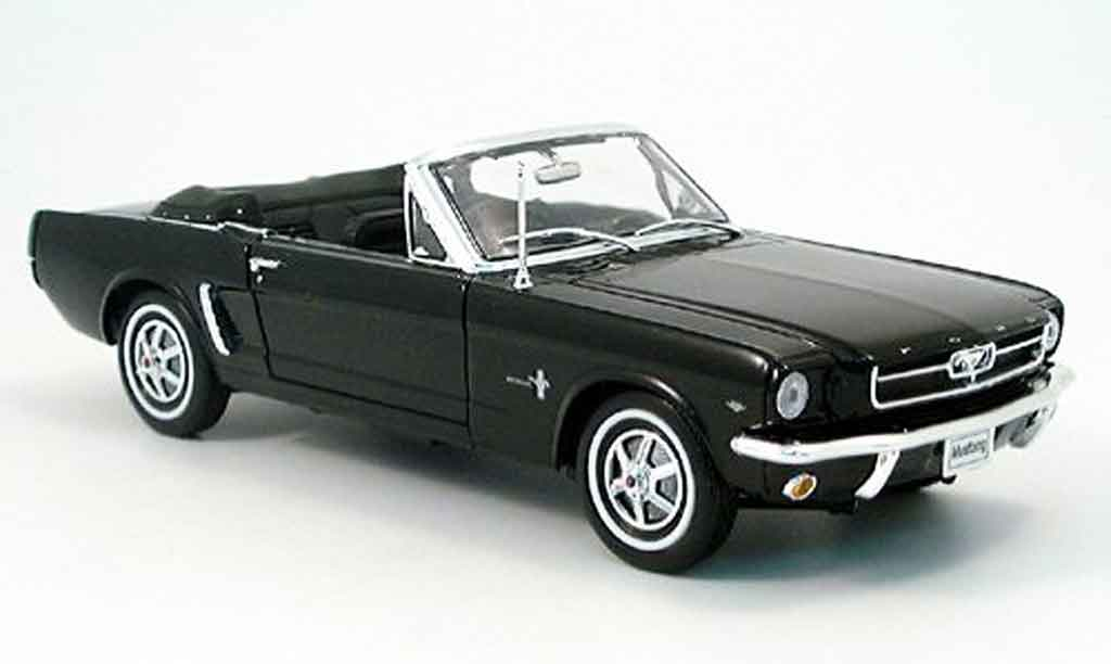 Ford Mustang 1964 1/18 Welly cabriolet black offen diecast
