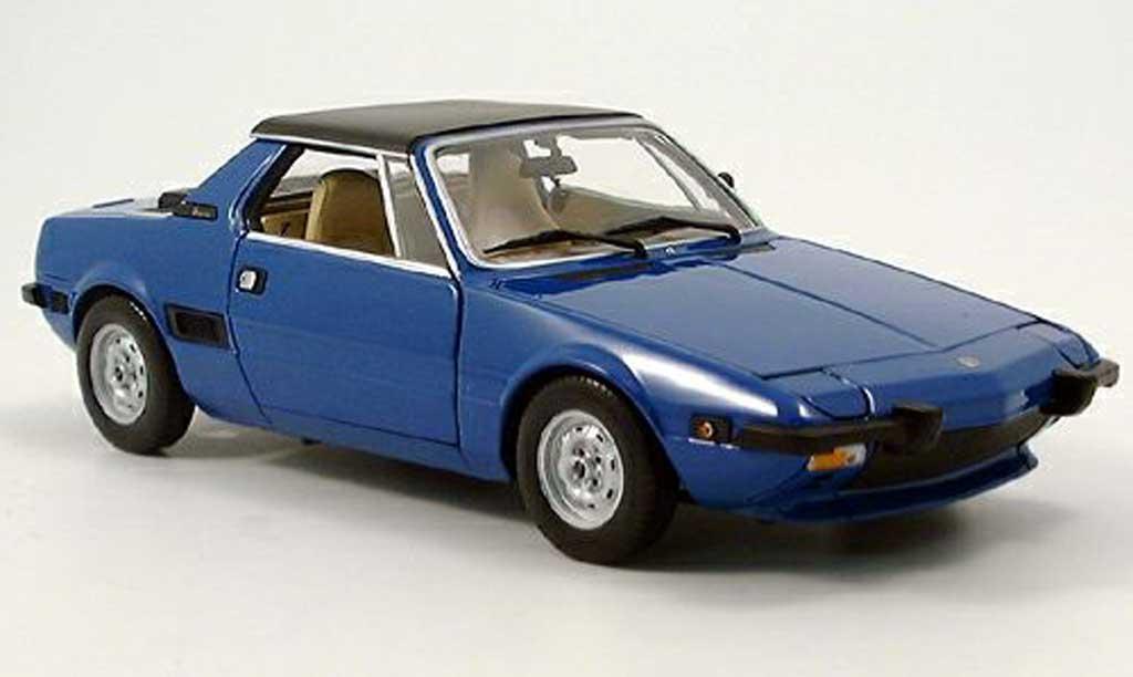 Fiat X 1/9 1/18 Minichamps bleu 1972 miniature