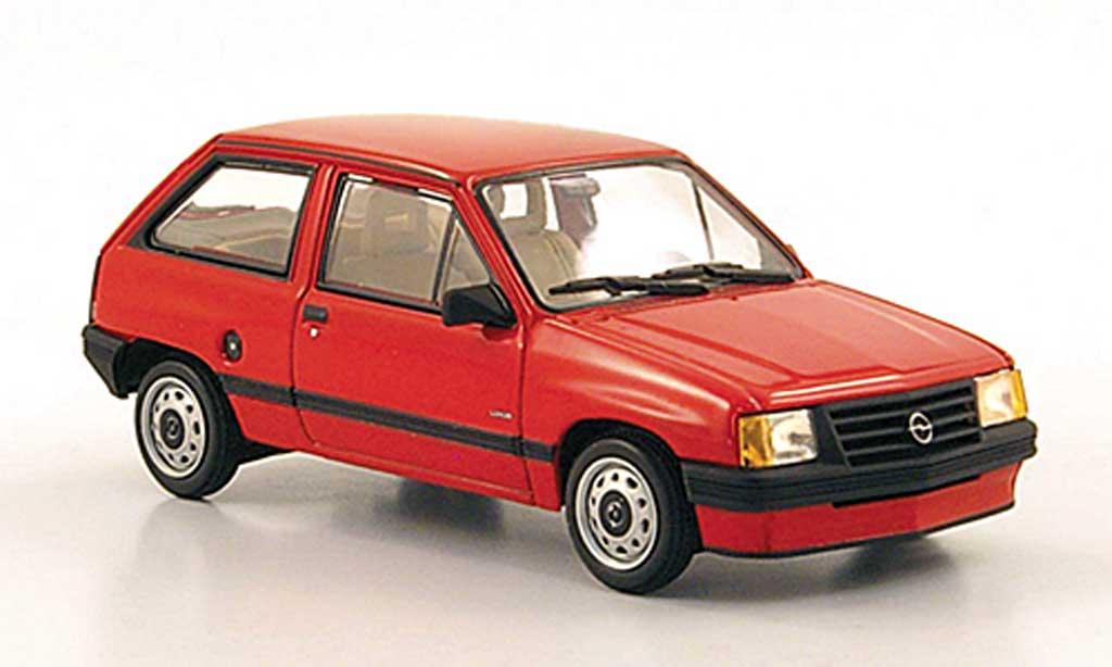 Opel Corsa 1/43 Minichamps A rouge 1986 miniature