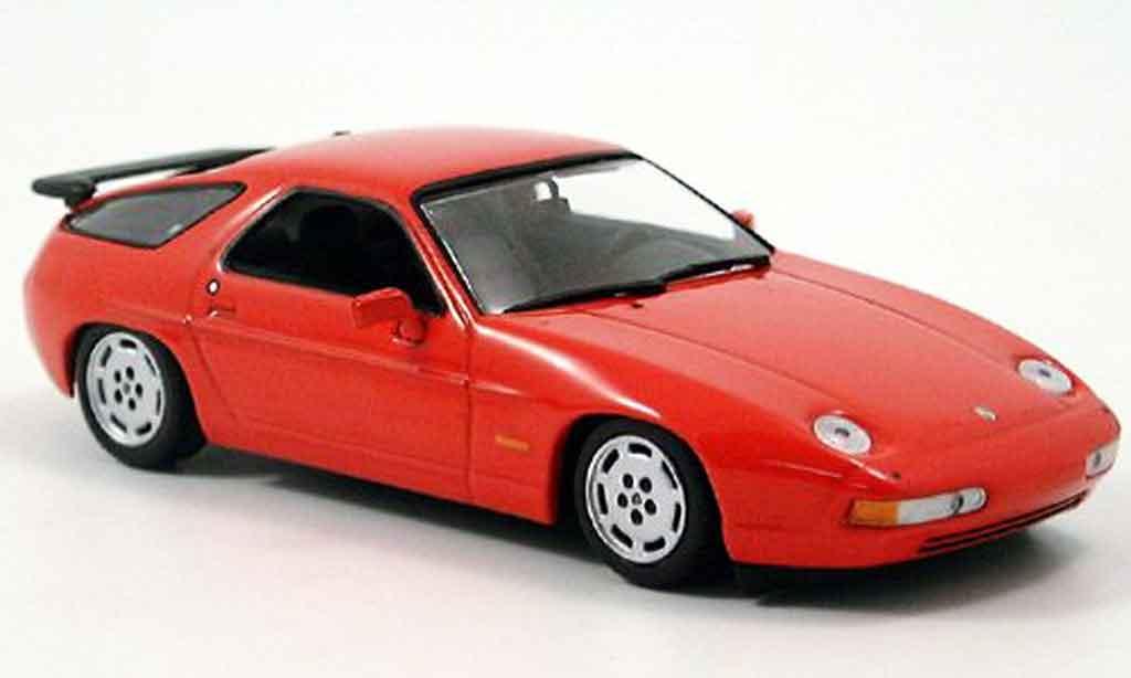 Porsche 928 1991 1/43 Minichamps S4 rosso miniatura