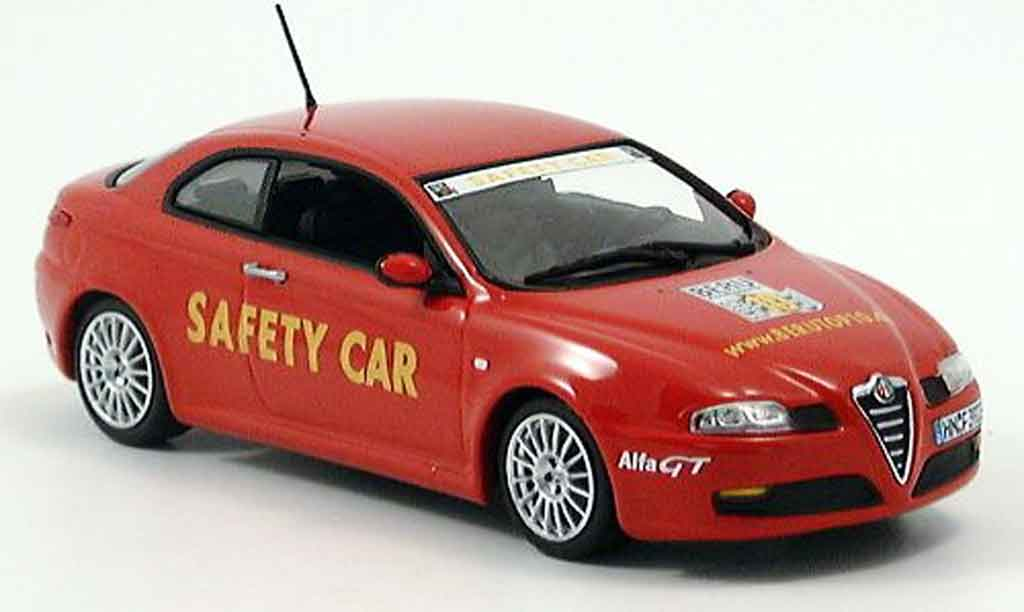 Alfa Romeo GT 1/43 Minichamps safety car beru top 10 2003 miniature
