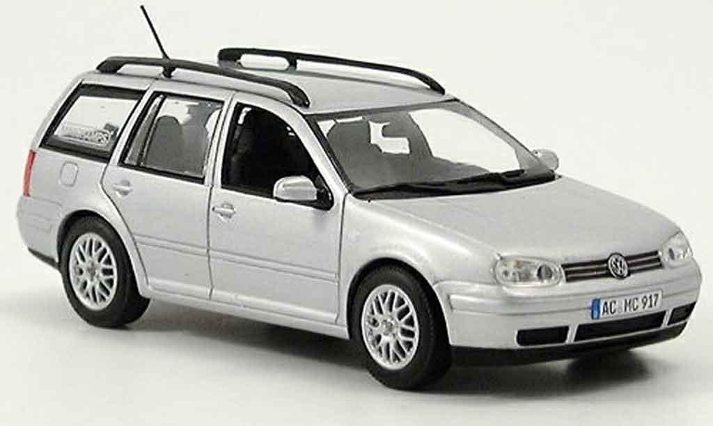 Volkswagen Golf III 1/43 Minichamps variant grise metallisee miniature
