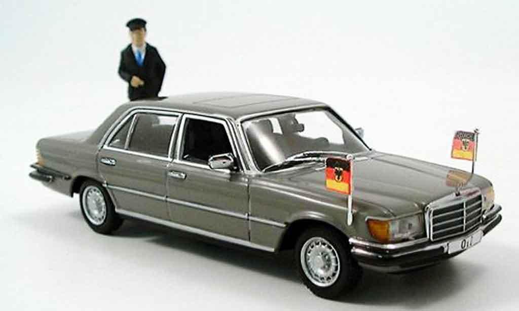 Mercedes 350 SEL 1/43 Minichamps Helmut Schmidt miniature