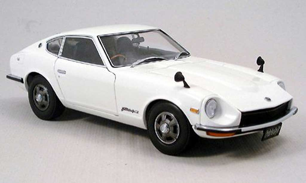 Nissan 350Z 1/18 Kyosho coupe fairlady z-l weiss modellautos
